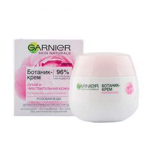 Kem dưỡng ẩm Garnier Skin Naturals cho da khô và nhạy cảm